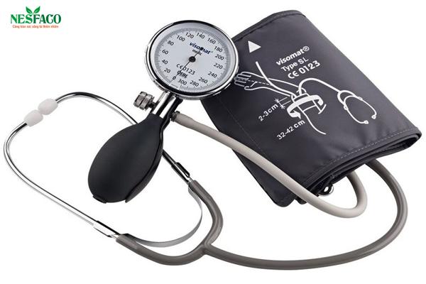 Cao huyết áp nên được chẩn đoán bằng máy