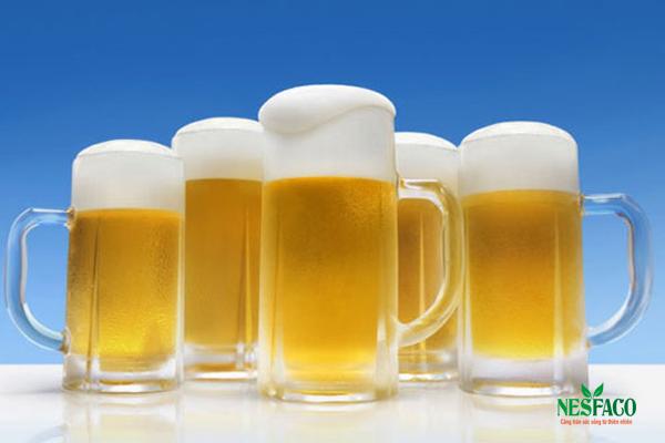 Cách hạ huyết áp – hạn chế hoặc không uống rượu