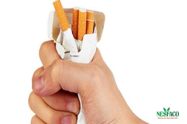 Cách hạ huyết áp – thuốc lá có hại cho người bị cao huyết áp