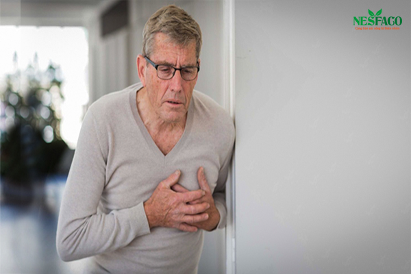 Uống thuốc cao huyết áp quá liều dẫn đến cảm giác mệt ở ngực